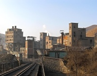 Zaojiatun_cement_works_2_10-1-06.jpg